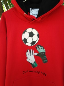"Sudadera en rojo ""Don´t  need wings to fly"""